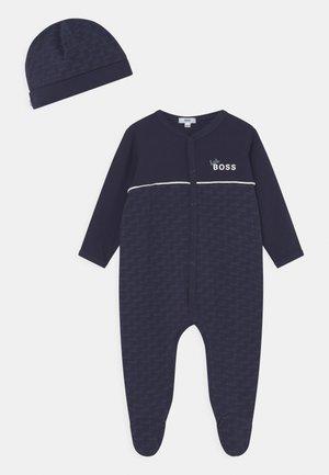 PULL ON HAT SET UNISEX - Sleep suit - navy