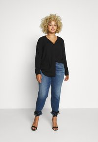 JUNAROSE - by VERO MODA - JRVERONICA SOLID SHIRT  - Blouse - black - 1