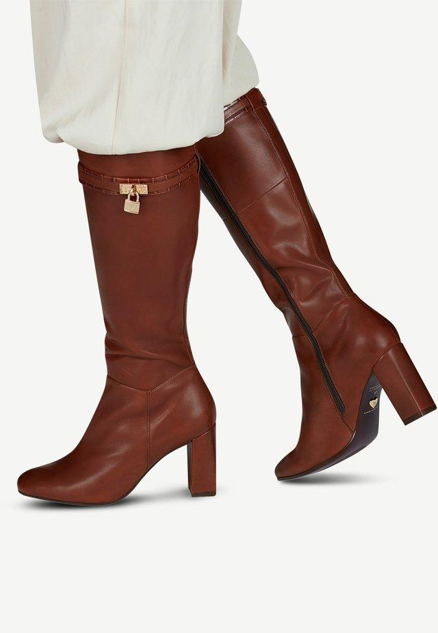 High heeled boots - brandy