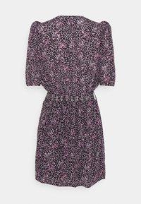 The Kooples - DRESS - Denní šaty - black/pink - 1