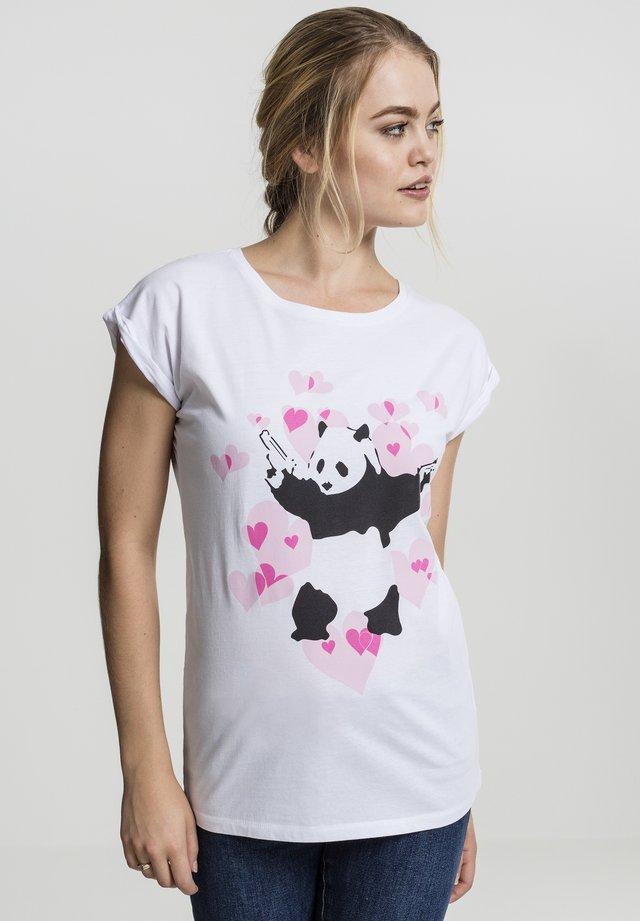 BANKSY´S GRAFFITI PANDA HEART TEE - Printtipaita - white