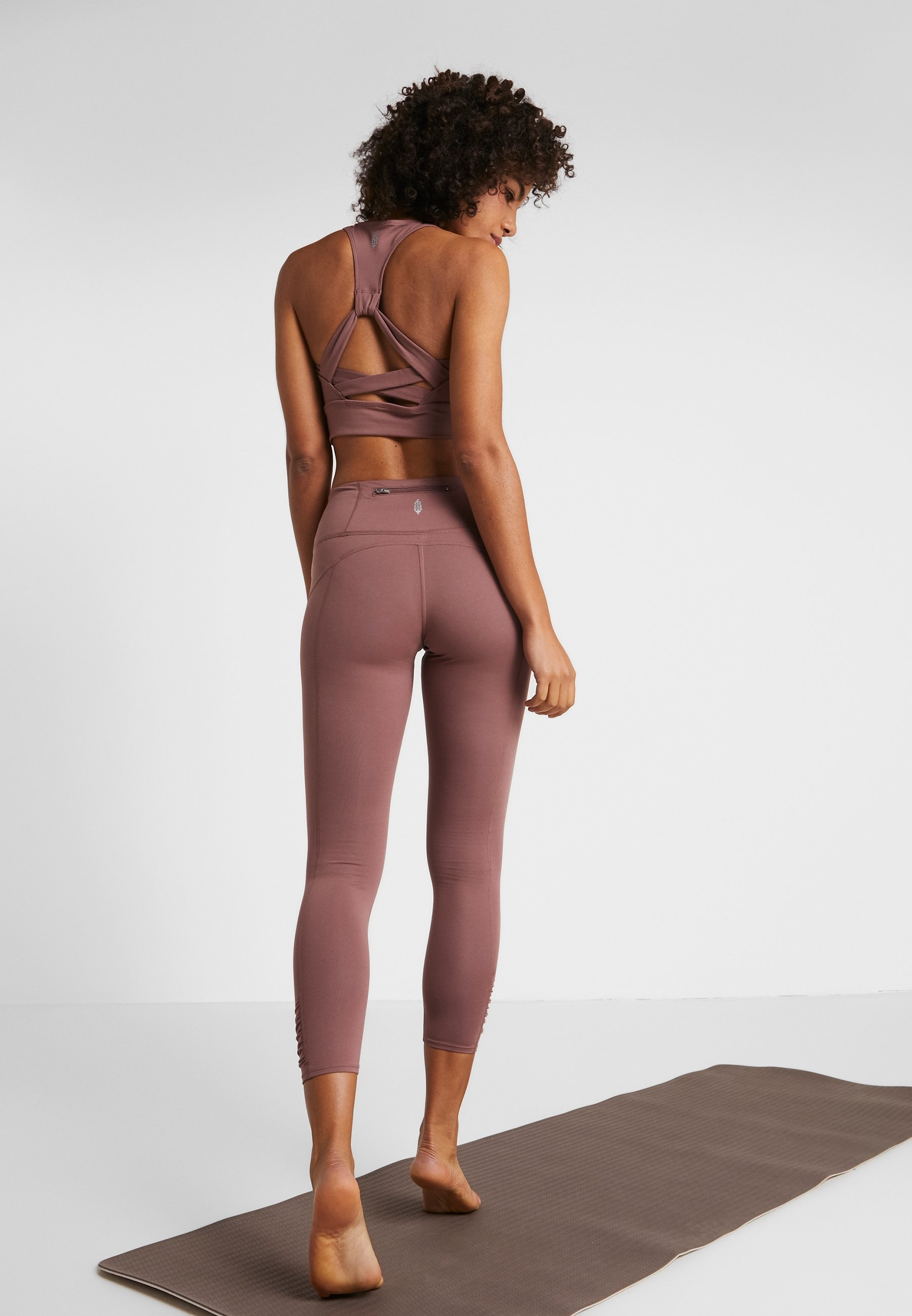Free People YOURE A PEACH - Leggings - chocolate 3AwHd