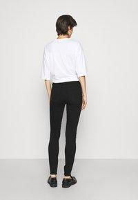 Gap Tall - SKINNY EVER DARK - Jeans Skinny Fit - absolute black - 2
