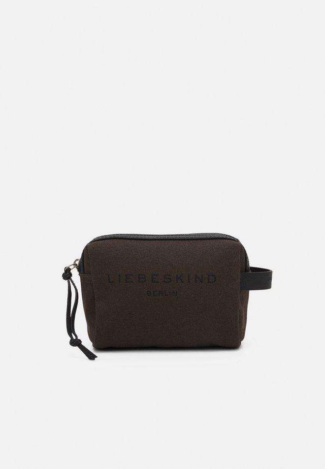COSMETIC - Kosmetická taška - nori green