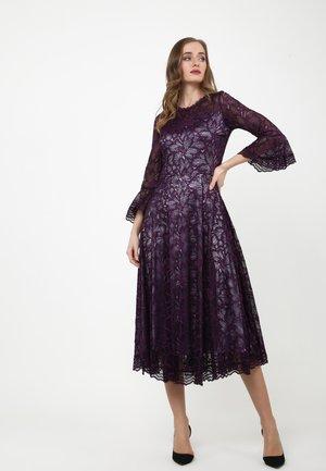Cocktail dress / Party dress - lila