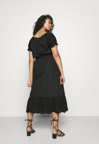 ONLY Carmakoma - CARLUCIA OFFSHOULDER CALF DRESS PLUS - Korte jurk - black - 2