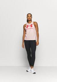 Under Armour - SPORTSTYLE GRAPHIC TANK - Camiseta de deporte - beta tint - 1