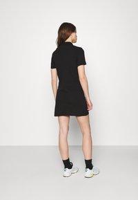 Lacoste LIVE - Shift dress - black - 2