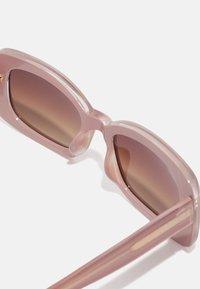 A.Kjærbede - SALO - Sunglasses - light grey - 3