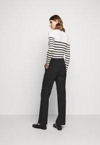 Claudie Pierlot - PATEL - Trousers - noir - 2