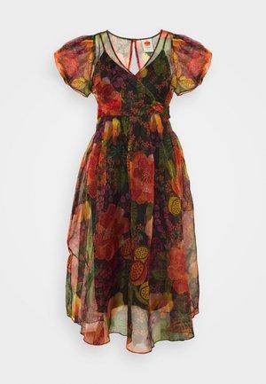 FRUIT FLORL WRAP MIDI DRESS - Denní šaty - multi