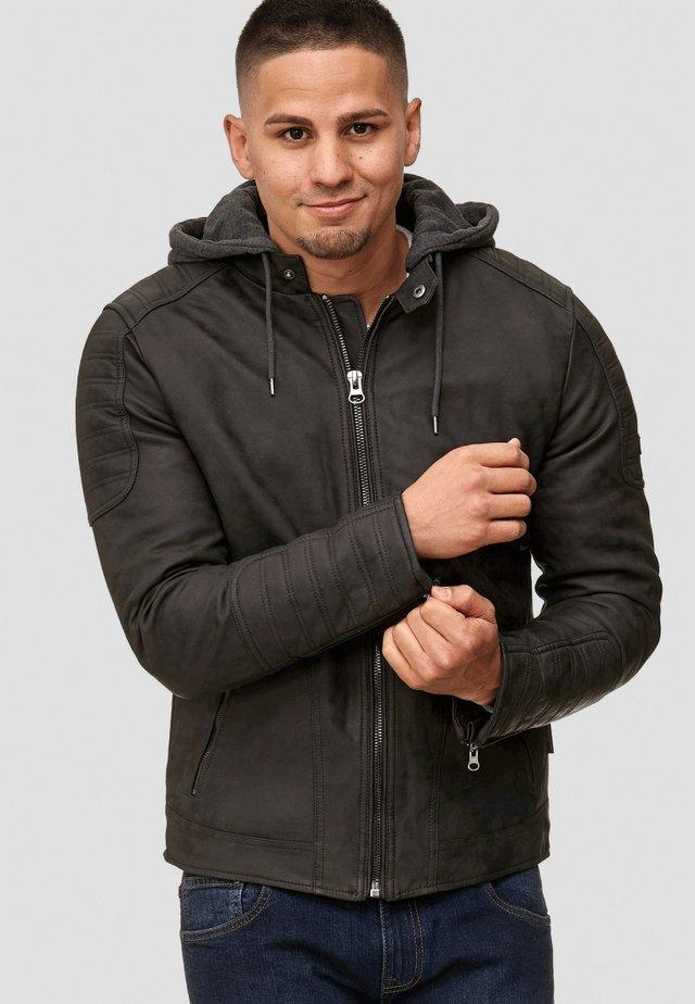 MIGUEL  - Imitatieleren jas - black