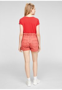 Q/S designed by - Basic T-shirt - red - 2