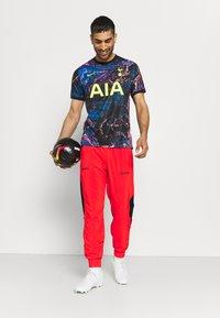 Nike Performance - FC PANT - Pantaloni sportivi - chile red/black - 1