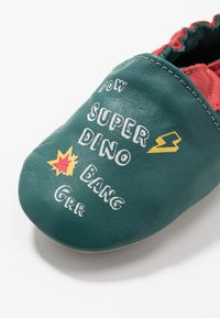 Robeez - SUPER DINO - First shoes - vert/fonce/rouge - 2