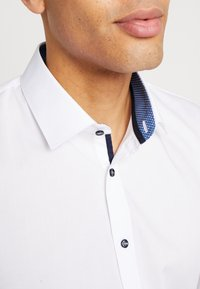 OLYMP No. Six - OLYMP NO.6 SUPER SLIM FIT  - Formal shirt - marine - 5