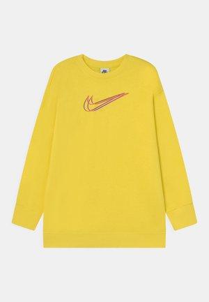 CREW - Day dress - yellow strike