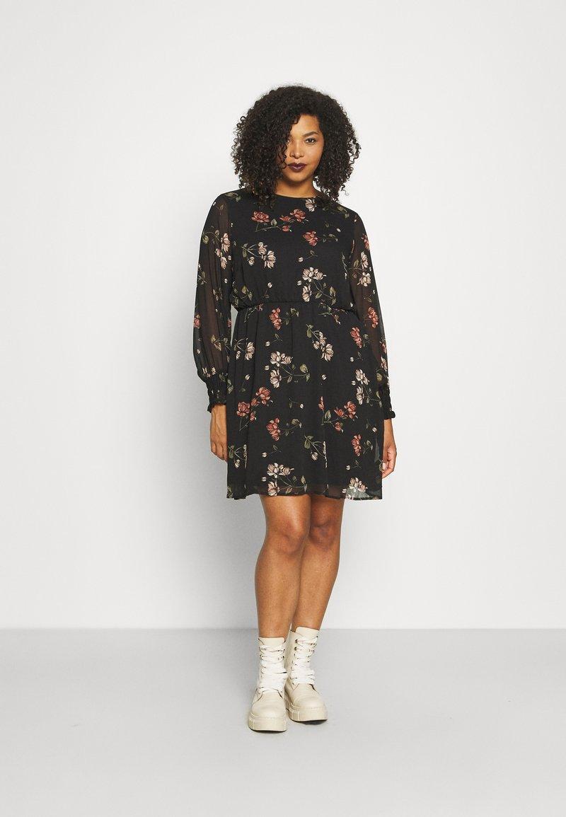 Vero Moda Curve - VMSMILLA DRESS - Day dress - black