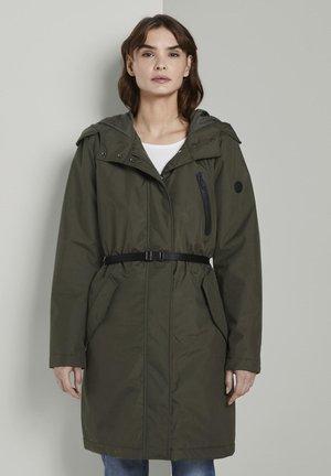 Waterproof jacket - woodland green