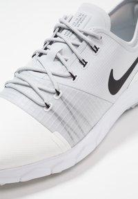 Nike Golf - FI IMPACT 3 - Golfové boty - summit white/pure platinum/white/black - 5