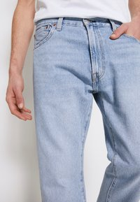 Levi's® - 551Z STRAIGHT CROP - Jeans baggy - dream stone - 4