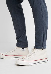 Gabba - PISA PANTS - Trousers - light indigo - 5