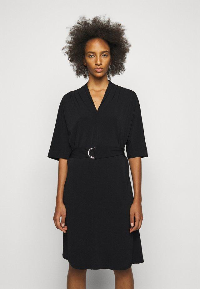 SORA - Korte jurk - black