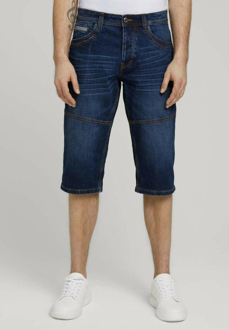 TOM TAILOR - MORRIS  - Denim shorts - mid stone wash denim