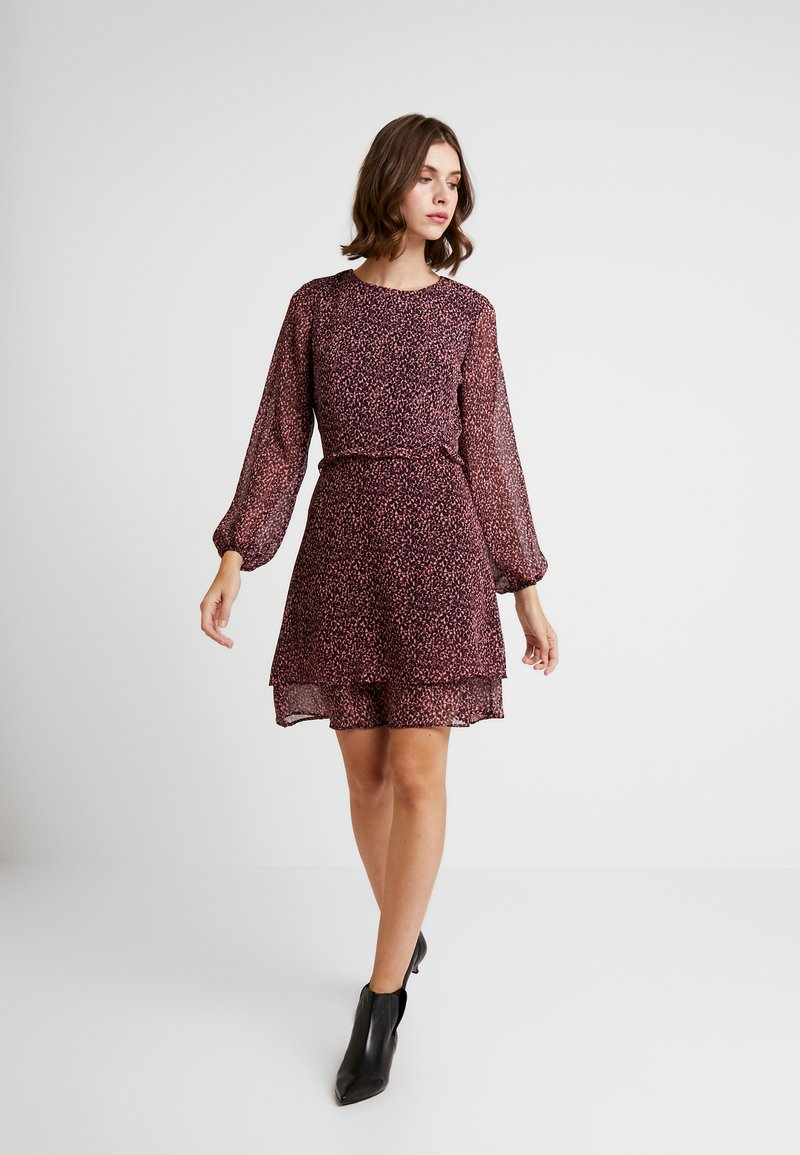 Dorothy Perkins - DITSY RUFFLE FIT AND FLARE - Day dress - purple