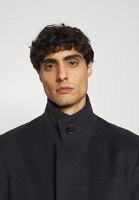 Strellson - NEW - Classic coat - dark blue - 4