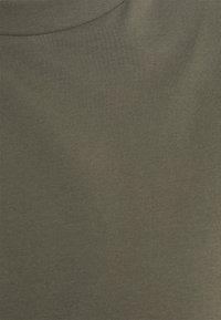 Noisy May Curve - NMHAILEY DRESS - Trikoomekko - dusty olive - 2