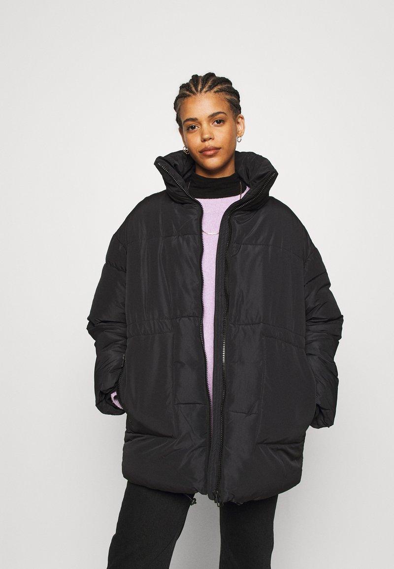 Monki - BEA - Zimní bunda - black dark