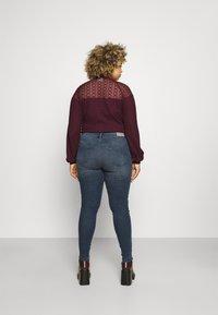 ONLY Carmakoma - CARSALLY LIFE  - Jeans Skinny Fit - blue black denim - 2