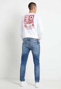 Only & Sons - ONSLOOM  LIFE CARD - Slim fit jeans - blue denim - 2