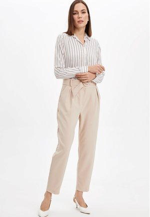 DEFACTO  WOMAN - Button-down blouse - white