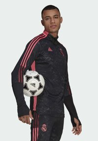 adidas Performance - REAL MADRID AOP TR TOP - Landslagströjor - black - 2