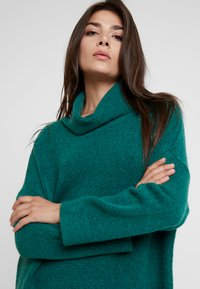 Louche - JUANA - Jumper dress - green - 4