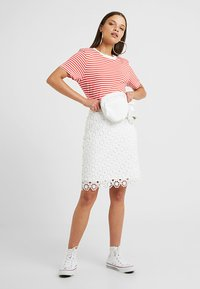Anna Field Petite - Pencil skirt - white - 1