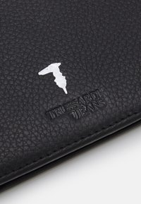 Trussardi - WALLET TRIFOLD SMOOTH - Wallet - black - 4