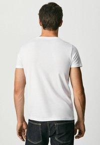 Pepe Jeans - RAURY - T-shirt med print - blanco - 2
