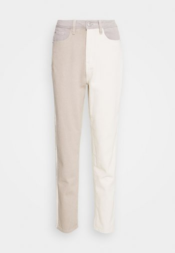 NEUTRAL PATCHED RIOT MOM JEAN
