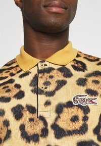 Lacoste - LACOSTE X NATIONAL GEOGRAPHIC - Polo shirt - brown - 6