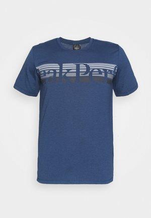 EXPLORE TEE - Print T-shirt - stone veil