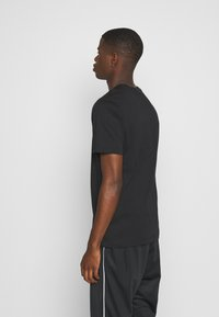 Nike Sportswear - TEE BRANDMARK - Triko spotiskem - black - 2