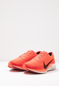 Nike Performance - ZOOM PEGASUS TURBO 2 - Neutral running shoes - bright crimson/mahogany/gym red/cedar/light bone - 2