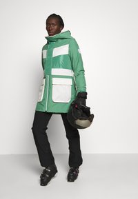 Burton - LAROSA - Snowboardjacke - green - 1