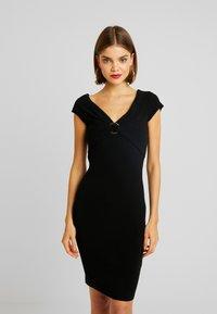 Forever New - CLAUDETTE RING DRESS - Etuikleid - black - 3