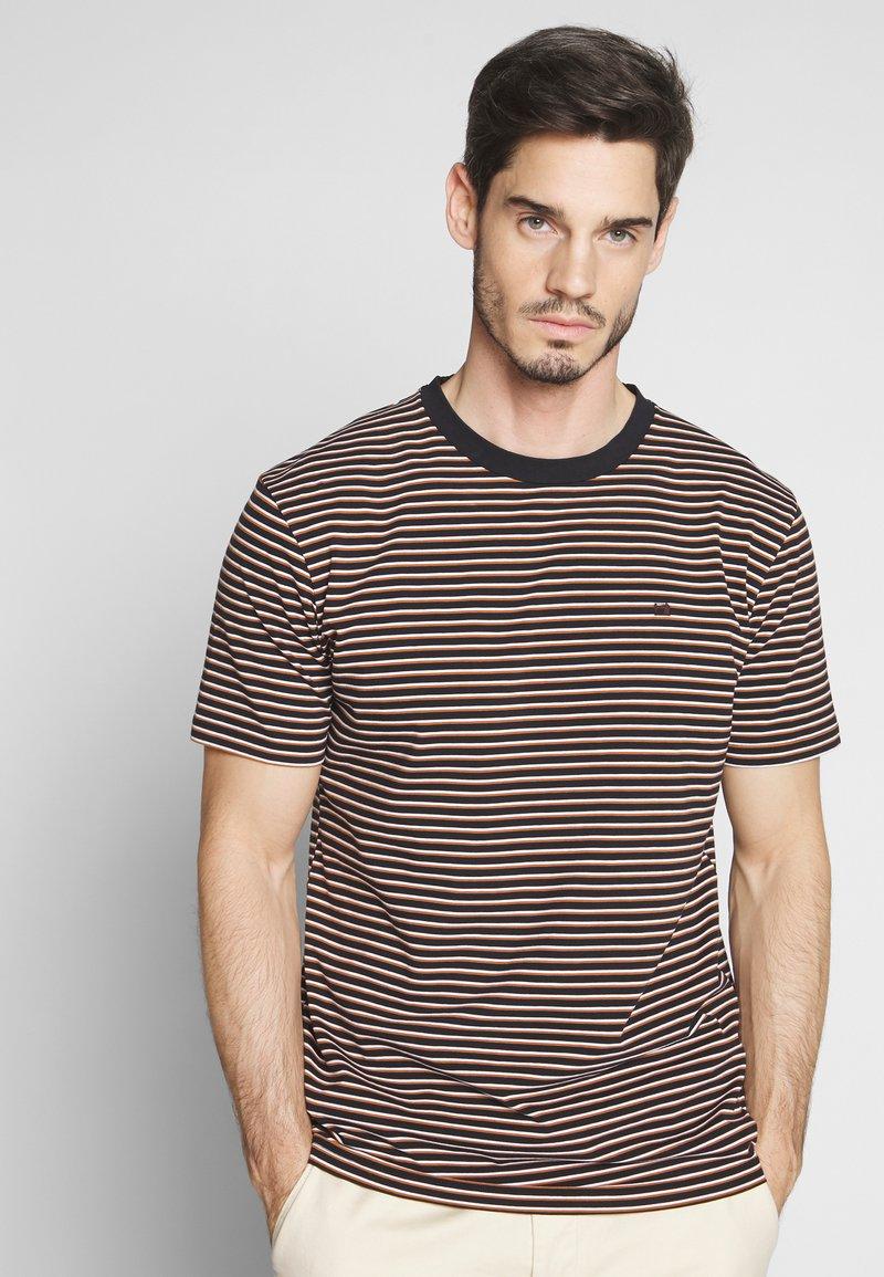 Scotch & Soda - T-shirt med print - combo
