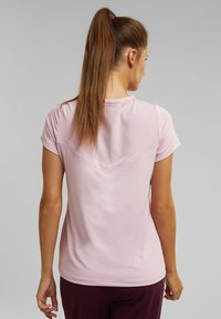 Esprit Sports - Basic T-shirt - light pink - 0
