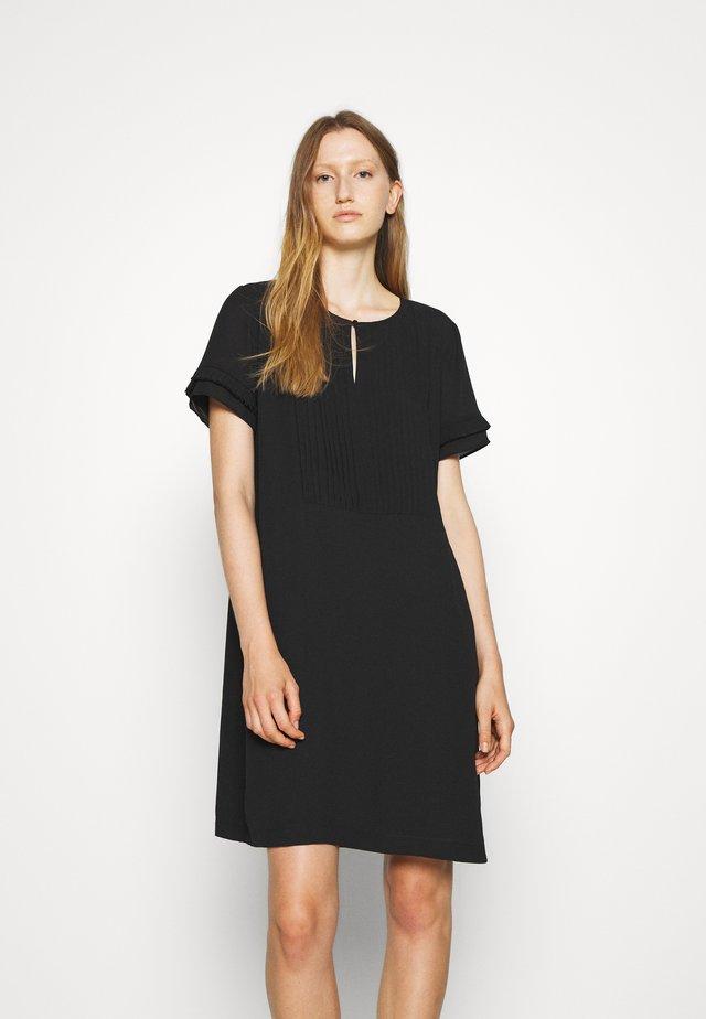 CAMILLA SAJA DRESS - Freizeitkleid - black